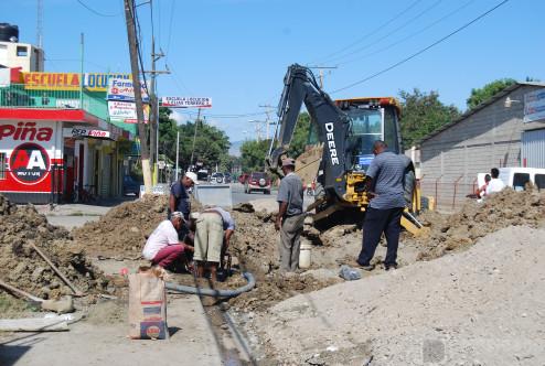 Brigada del INAPA, Trabaja en Avenida Anacaona de San Juan de la Maguana