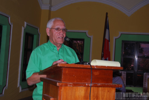 Maestro Roberto Rosado