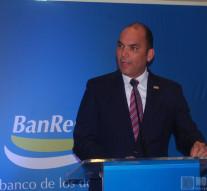 Enrique Ramírez Paniagua, mientras se dirigía a los presentes.