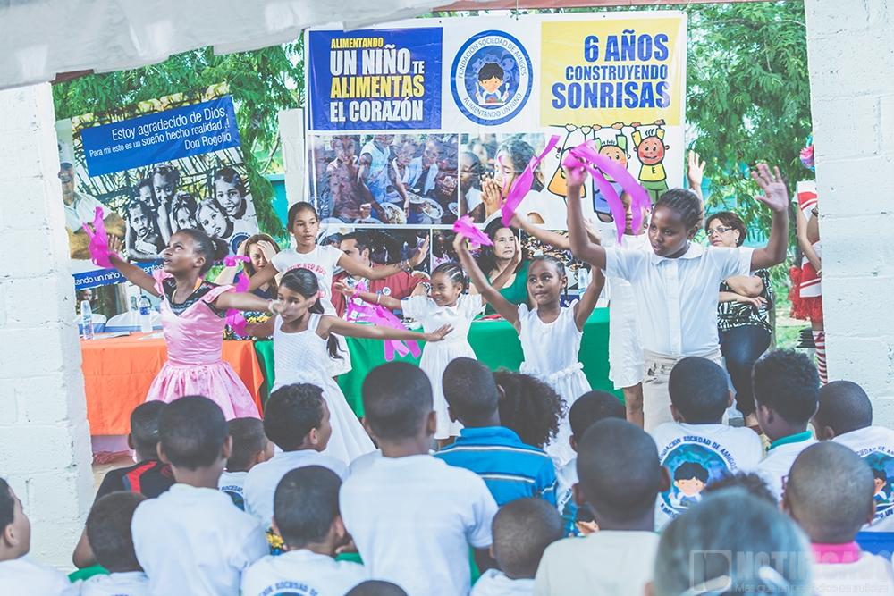 Actividades Artísticas durante Cena Navideña, de La Fundación Sociedad de Amigos Alimentando un Niño