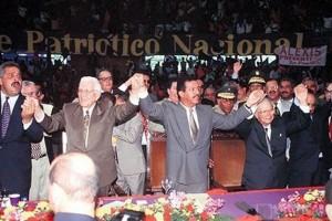 Los Dres. Leonel Fernández y Jaime David Fernández Mirabal en las elecciones del año 1996