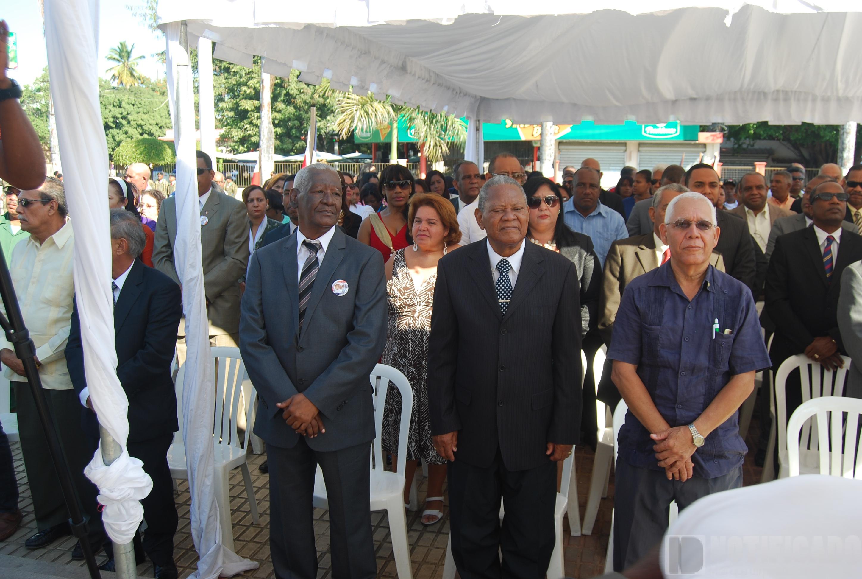 Asistentes a la conmemoración 202 del natalicio de Juan Pablo Duarte