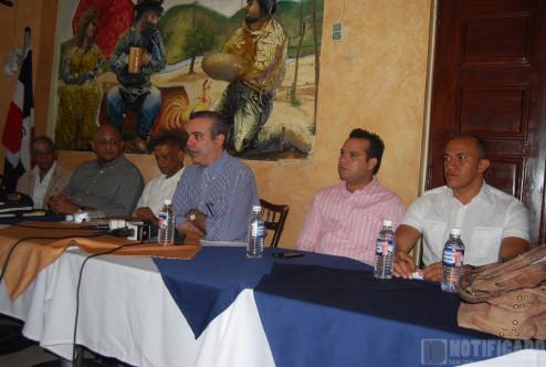 Visita Luis Abinader a San Juan