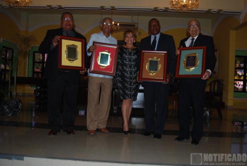Alejandro Uribe Castillo (Lolocito), Ingeniero José Piña, Ingeniero Guillermo Chávez Lugo, Juan de Dios Ogando y Fernando Oviedo Tejeda