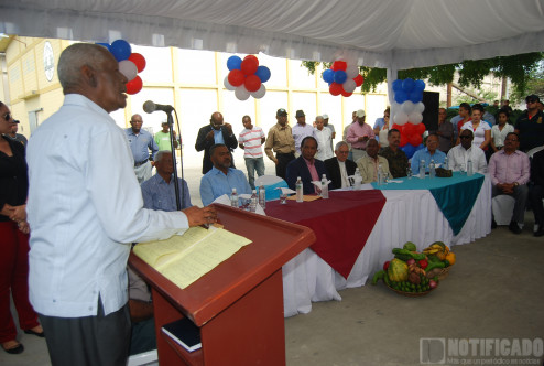William de Oleo durante acto de apertura agro mercado del INESPRE